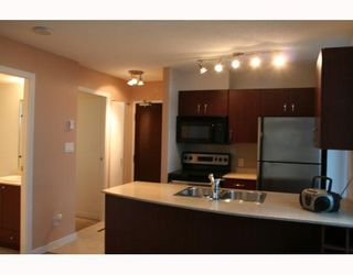 """Photo 4: 2705 610 GRANVILLE Street in Vancouver: Downtown VW Condo for sale in """"HUDSON"""" (Vancouver West)  : MLS®# V763868"""