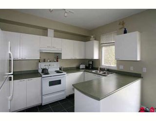 """Photo 4: 38 15030 58TH Avenue in Surrey: Sullivan Station Townhouse for sale in """"SUMMERLEAF"""" : MLS®# F2910550"""