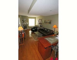 """Photo 3: 38 15030 58TH Avenue in Surrey: Sullivan Station Townhouse for sale in """"SUMMERLEAF"""" : MLS®# F2910550"""