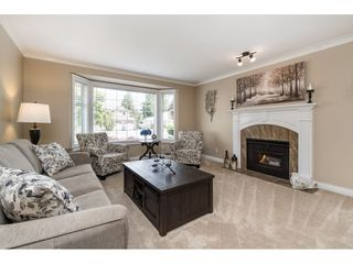 Photo 4: 15466 91A Avenue in Surrey: Fleetwood Tynehead House for sale : MLS®# R2389353