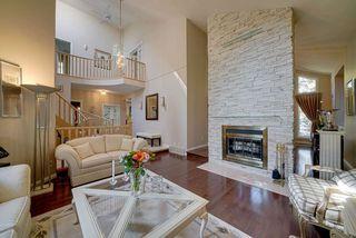 Photo 5: 402 OLSEN Close in Edmonton: Zone 14 House for sale : MLS®# E4173688