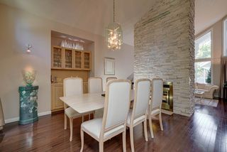 Photo 6: 402 OLSEN Close in Edmonton: Zone 14 House for sale : MLS®# E4173688