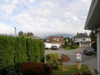 Photo 42: 2610 KLASSEN COURT in PORT COQUITLAM: Home for sale : MLS®# V1070478