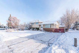 Photo 3: 3811 104 Street in Edmonton: Zone 16 House for sale : MLS®# E4182095