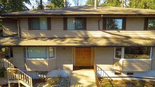 """Photo 2: 932 BERKLEY Road in North Vancouver: Blueridge NV Townhouse for sale in """"BERKLEY SQUARE"""" : MLS®# R2441702"""