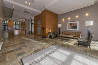"Photo 3: 2601 977 MAINLAND Street in Vancouver: Yaletown Condo for sale in ""YALETOWN PARK"" (Vancouver West)  : MLS®# R2468498"