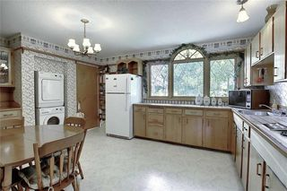 Photo 11: 24 HARDISTY Place SW in Calgary: Haysboro Detached for sale : MLS®# C4303423