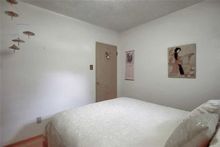 Photo 21: 24 HARDISTY Place SW in Calgary: Haysboro Detached for sale : MLS®# C4303423