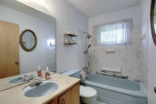Photo 18: 24 HARDISTY Place SW in Calgary: Haysboro Detached for sale : MLS®# C4303423