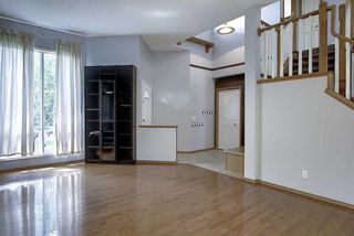 Photo 11: 133 SHAWBROOKE Close SW in Calgary: Shawnessy Detached for sale : MLS®# A1014574