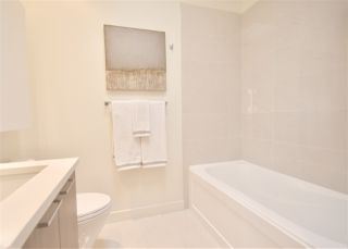 Photo 6: PH3 3420 ST CATHERINES STREET in Vancouver: Fraser VE Condo  (Vancouver East)  : MLS®# R2406276