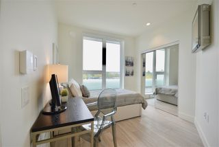 Photo 4: PH3 3420 ST CATHERINES STREET in Vancouver: Fraser VE Condo  (Vancouver East)  : MLS®# R2406276