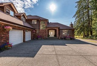 Main Photo: 8620 N Island Hwy in : CV Merville Black Creek House for sale (Comox Valley)  : MLS®# 851672