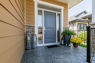 Photo 3: 7 Larissa Court: St. Albert House for sale : MLS®# E4211244