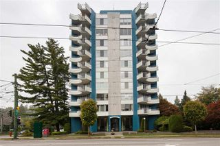 "Photo 3: 802 4691 W 10TH Avenue in Vancouver: Point Grey Condo for sale in ""Westgate"" (Vancouver West)  : MLS®# R2502529"