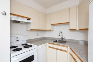 "Photo 10: 802 4691 W 10TH Avenue in Vancouver: Point Grey Condo for sale in ""Westgate"" (Vancouver West)  : MLS®# R2502529"