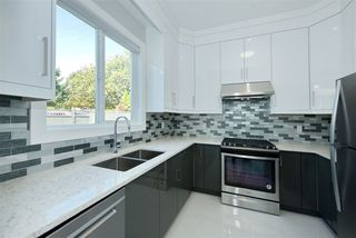 Photo 8: 7975 170A Street in Surrey: Fleetwood Tynehead House for sale : MLS®# R2502599
