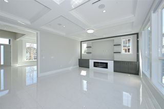 Photo 4: 7975 170A Street in Surrey: Fleetwood Tynehead House for sale : MLS®# R2502599