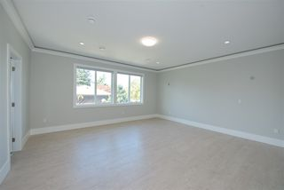 Photo 11: 7975 170A Street in Surrey: Fleetwood Tynehead House for sale : MLS®# R2502599