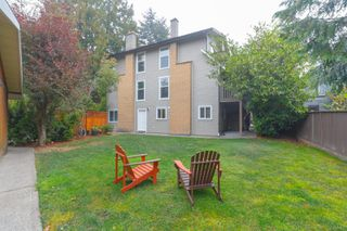 Photo 3: 1 Price Rd in : VR View Royal Full Duplex for sale (View Royal)  : MLS®# 857197