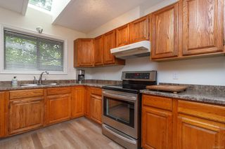 Photo 9: 1 Price Rd in : VR View Royal Full Duplex for sale (View Royal)  : MLS®# 857197
