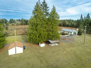 Photo 3: 421 Boorman Rd in : PQ Qualicum North House for sale (Parksville/Qualicum)  : MLS®# 859636