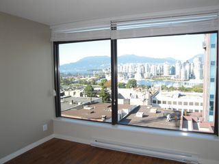 "Photo 4: 808 1068 W BROADWAY in Vancouver: Fairview VW Condo for sale in ""THE ZONE"" (Vancouver West)  : MLS®# V852760"
