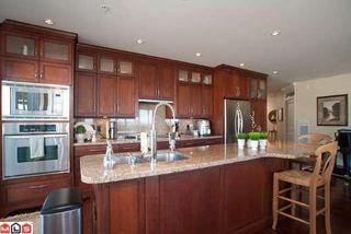 Photo 2: # 404 15164 PROSPECT AV in White Rock: Home for sale : MLS®# F1024675