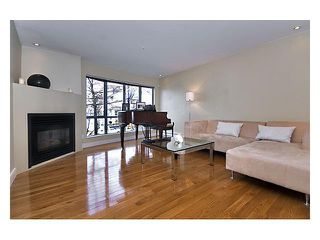 Photo 3: 758 W 15TH Avenue in Vancouver: Fairview VW Townhouse for sale (Vancouver West)  : MLS®# V858048