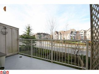 "Photo 8: 4 20761 DUNCAN Way in Langley: Langley City Townhouse for sale in ""WYNDHAM LAKE"" : MLS®# F1028683"