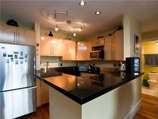 "Photo 3: 204 2365 W 3RD Avenue in Vancouver: Kitsilano Condo for sale in ""LANDMARK HORIZON"" (Vancouver West)  : MLS®# V867547"