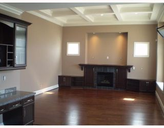 Photo 3: 915 LEOVISTA Avenue in North Vancouver: Capilano Highlands House for sale : MLS®# V761832