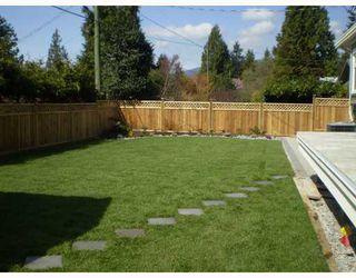 Photo 2: 915 LEOVISTA Avenue in North Vancouver: Capilano Highlands House for sale : MLS®# V761832