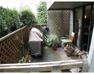 """Photo 9: 108 156 W 21ST Street in North_Vancouver: Central Lonsdale Condo for sale in """"OCEAN VIEW"""" (North Vancouver)  : MLS®# V766432"""
