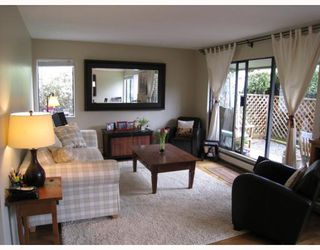 """Photo 1: 108 156 W 21ST Street in North_Vancouver: Central Lonsdale Condo for sale in """"OCEAN VIEW"""" (North Vancouver)  : MLS®# V766432"""