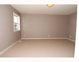Photo 12: 410 TARALAKE Way NE in CALGARY: Taradale Residential Detached Single Family for sale (Calgary)  : MLS®# C3382286