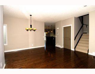 Photo 3: 410 TARALAKE Way NE in CALGARY: Taradale Residential Detached Single Family for sale (Calgary)  : MLS®# C3382286