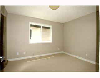 Photo 14: 410 TARALAKE Way NE in CALGARY: Taradale Residential Detached Single Family for sale (Calgary)  : MLS®# C3382286