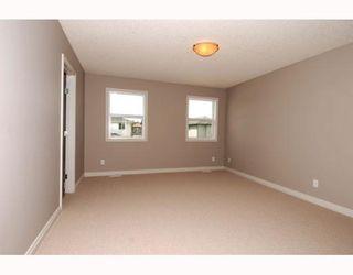 Photo 11: 410 TARALAKE Way NE in CALGARY: Taradale Residential Detached Single Family for sale (Calgary)  : MLS®# C3382286
