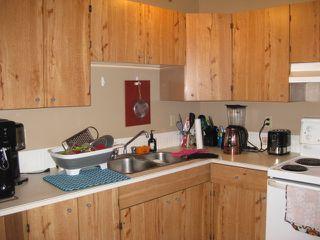 Photo 2: 18030 95A Avenue in Edmonton: Zone 20 House Half Duplex for sale : MLS®# E4168178