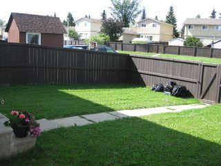 Photo 12: 18030 95A Avenue in Edmonton: Zone 20 House Half Duplex for sale : MLS®# E4168178