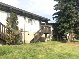 Photo 5: 542 LEE_RIDGE Road in Edmonton: Zone 29 House Half Duplex for sale : MLS®# E4172757
