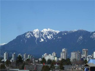 Main Photo: 305 1963 W 3RD Avenue in Vancouver: Kitsilano Condo for sale (Vancouver West)  : MLS®# R2413270