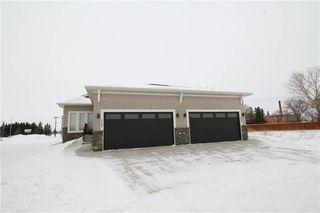 Photo 1: 102 804 Manitoba Avenue in Selkirk: R14 Condominium for sale : MLS®# 202002932