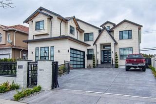 Photo 1: 13375 87B Avenue in Surrey: Queen Mary Park Surrey House for sale : MLS®# R2443311