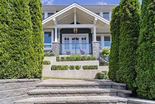 Main Photo: 1295 ESQUIMALT Avenue in West Vancouver: Ambleside House for sale : MLS®# R2466991