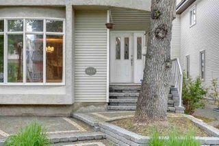 Photo 3: 9615 100A Street in Edmonton: Zone 12 House for sale : MLS®# E4204060
