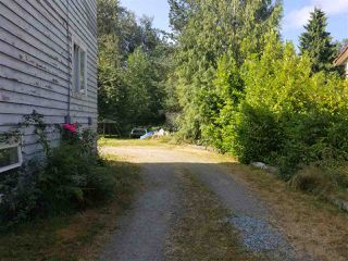 Photo 3: 23150 FRASER Highway in Langley: Campbell Valley House for sale : MLS®# R2482080