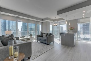 Main Photo: 1604 10180 103 Street in Edmonton: Zone 12 Condo for sale : MLS®# E4211922