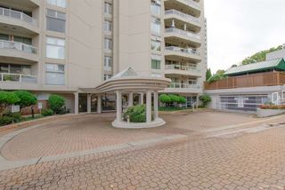 "Photo 2: 504 71 JAMIESON Court in New Westminster: Fraserview NW Condo for sale in ""PALACE QUAY"" : MLS®# R2503066"